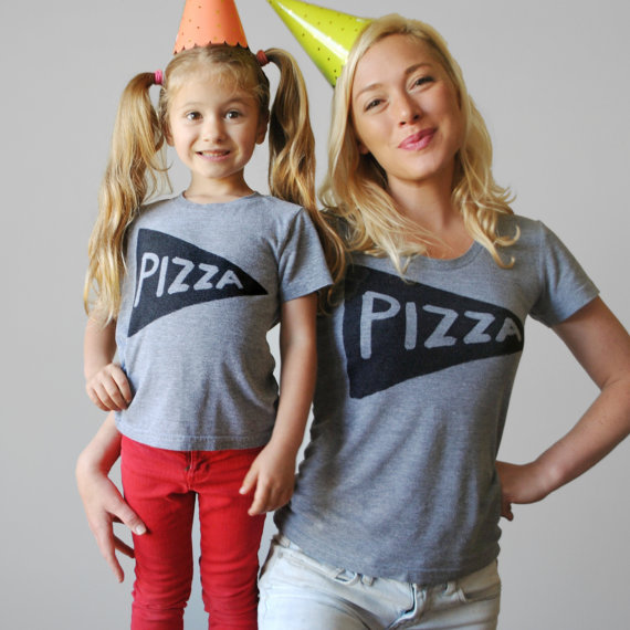 great gifts for moms | Xenotees matching pizza shirts