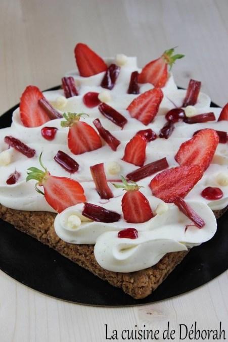 Tarte vanille fraises et rhubarbe   Cuisine de deborah