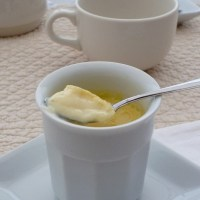 Petits pots de crème à la mélisse et au citron
