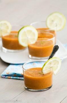 Soupe d'abricot glacée au miel et citron vert ©www.cuisinedetouslesjours.com