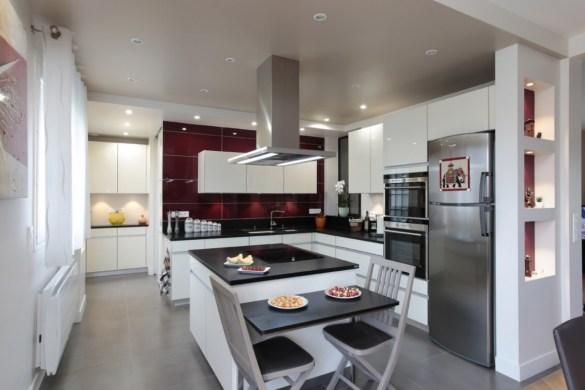 jeux de volume en cuisine cuisines et bains. Black Bedroom Furniture Sets. Home Design Ideas