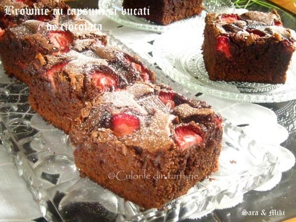 Brownie-cu- capsuni-si-bucati-de-ciocolata-4-1
