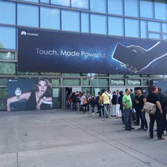 puertas evento de Huawei