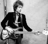 Em 2016, Dylan foi premiado com o Nobel de Literatura