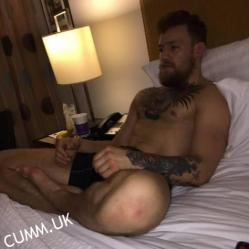 conor mcgregor naked