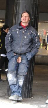 polish builder showing his cock at waterloo station