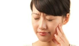 もう付き合いきれない!口内炎の原因と早く治す3つの方法
