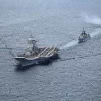 Behold the mighty INS Vikramaditya arrives