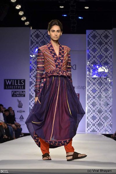 Wills Lifestyle India Fashion Week 2012 | Current news updates