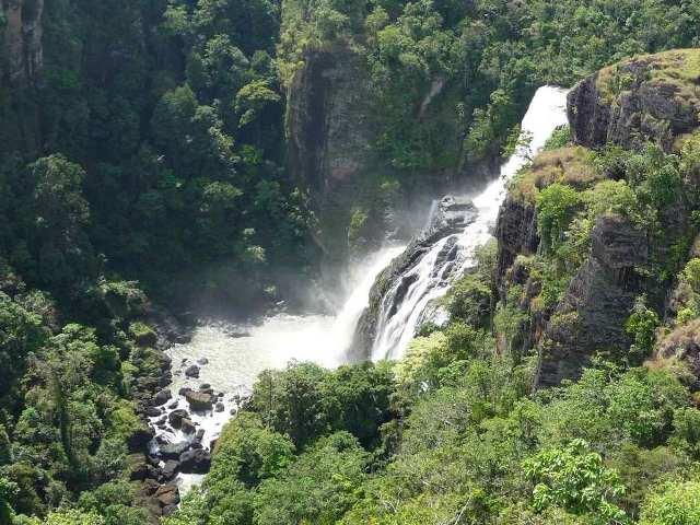 falls, papua new guinea