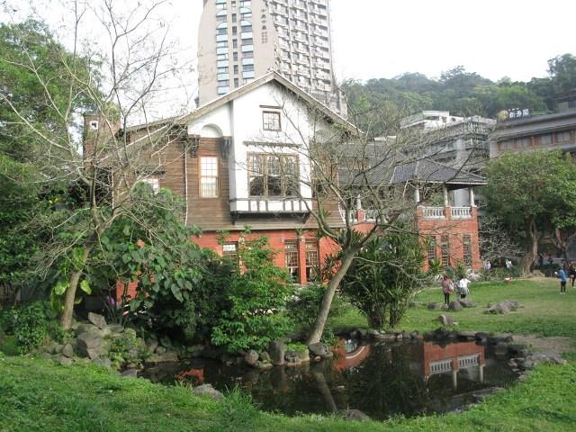 hot springs in taipei