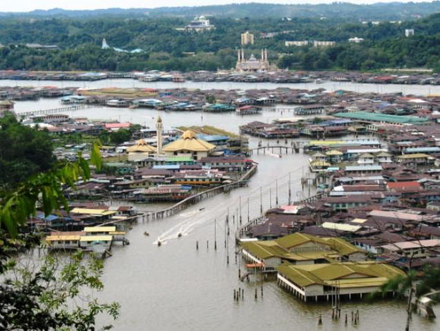 kampong ayer, water village, brunei