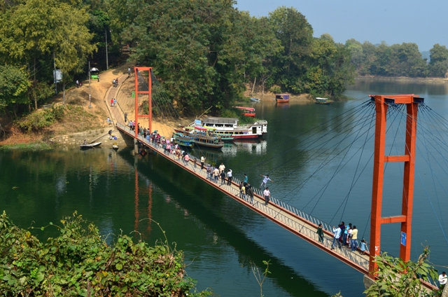 rangamati, india, bangladesh, jhulonto bridge