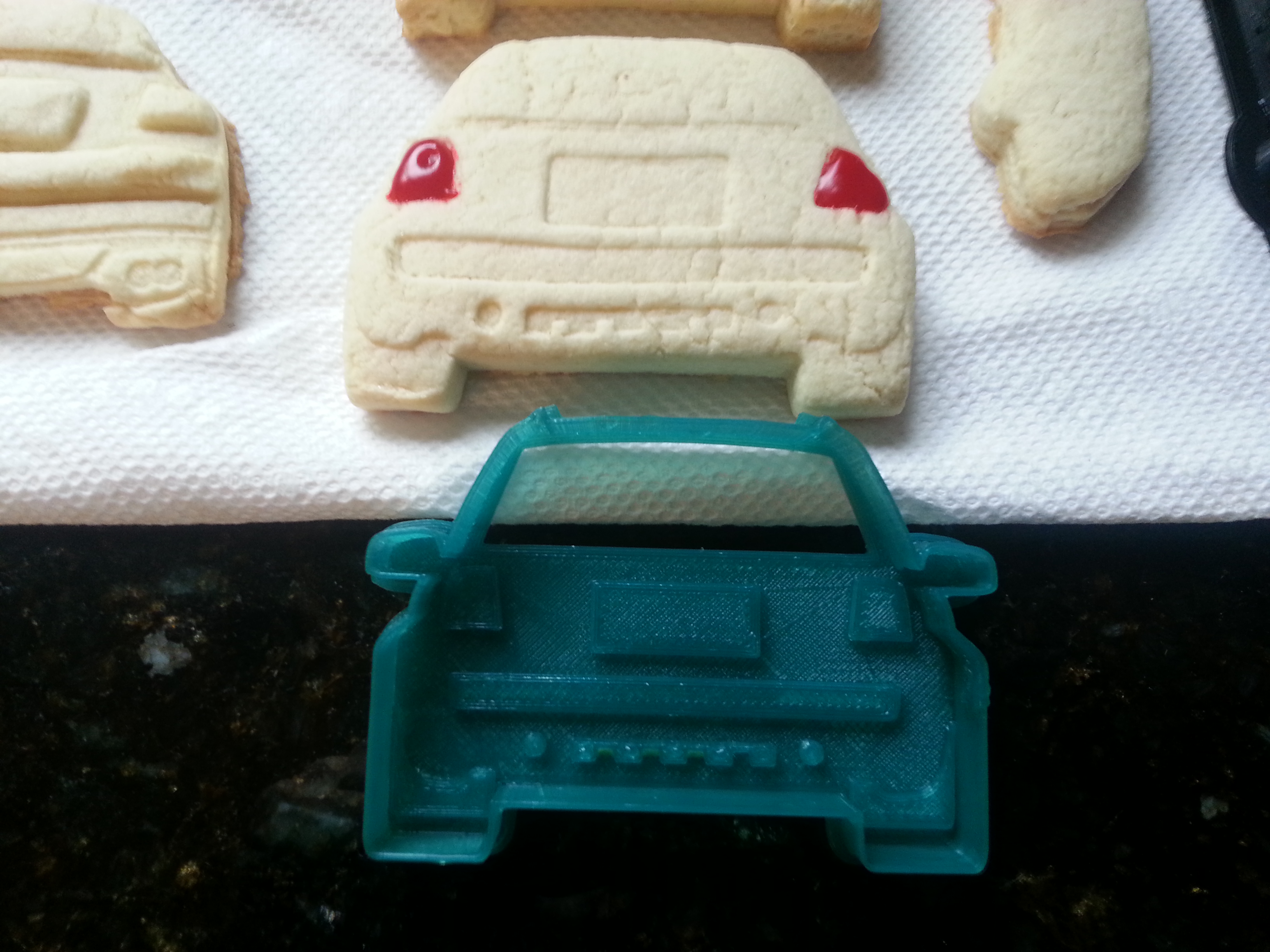 Fun/Project: Volvo S60R & Audi Allroad Cookies