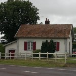 Maison de Garde Barrière à Villers Bocage sur la route d'Aunay Sur Odon.