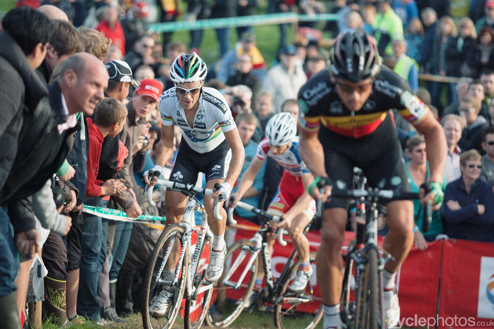 2012-cyclephotos-cyclocross-ruddervoorde-165343-niels-albert