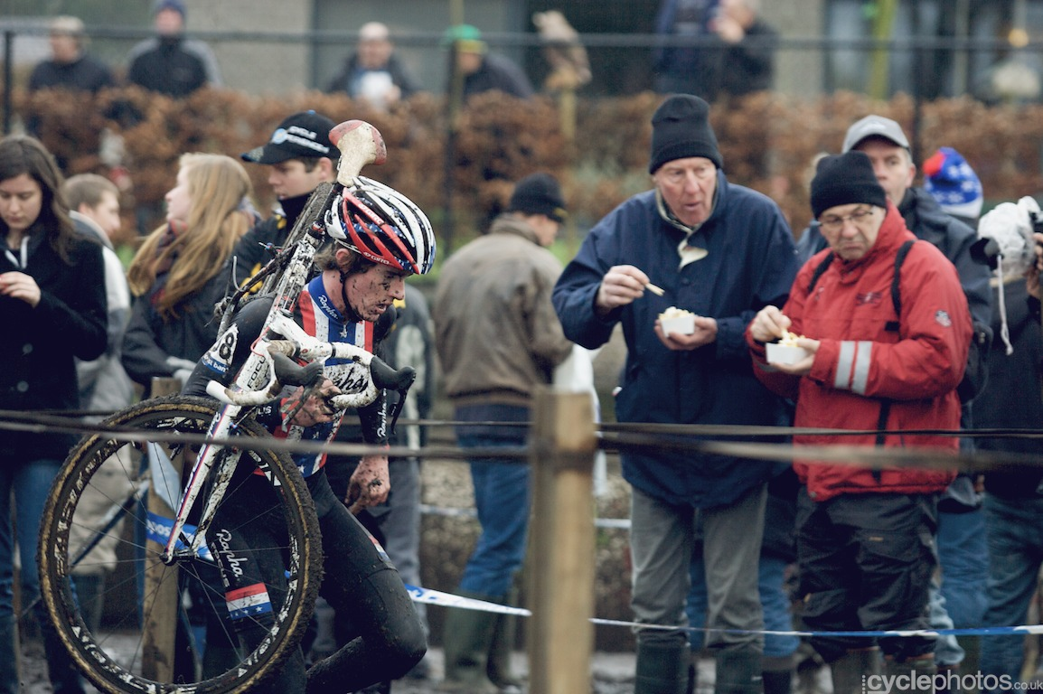 Zach McDonald runs in the last lap of the fifth round of the Bpost Bank Trofee Azencross in Loenhout.