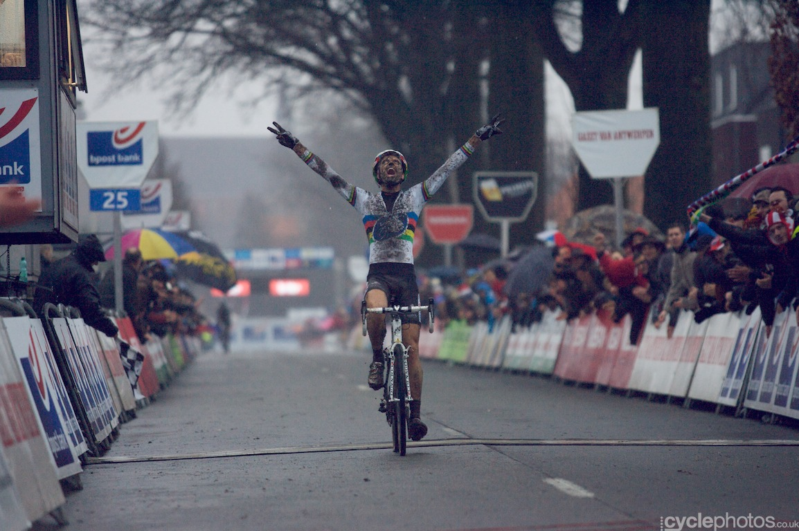 Niels Albert crosses the finish line after the last lap of the fifth round of the Bpost Bank Trofee Azencross in Loenhout.