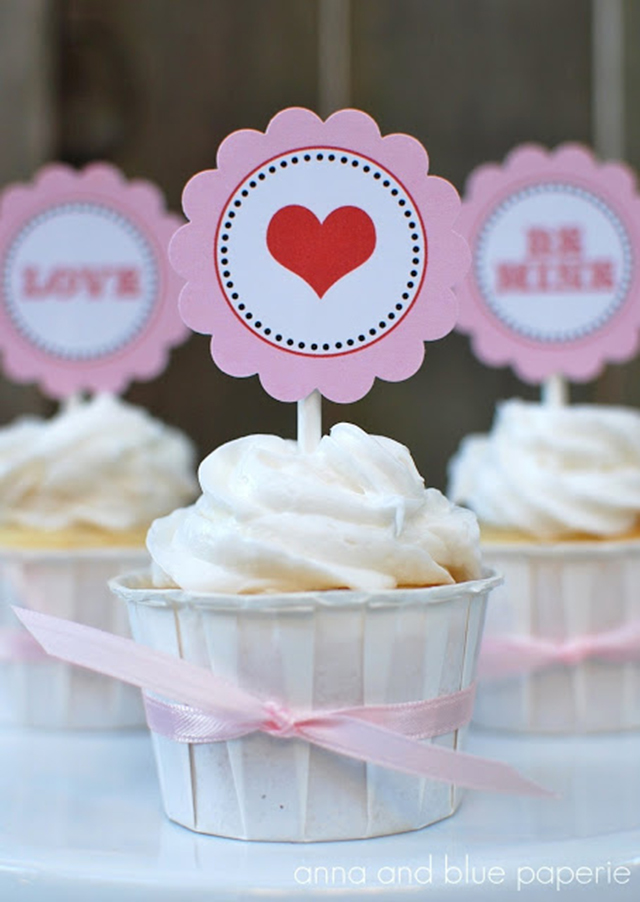 anna and blue paperie valentine cupcakes logo