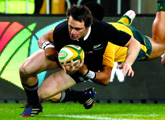 All Blacks crush Australia in Championship opener