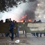 Egyptian police fire tear gas to end clashes in Cairo