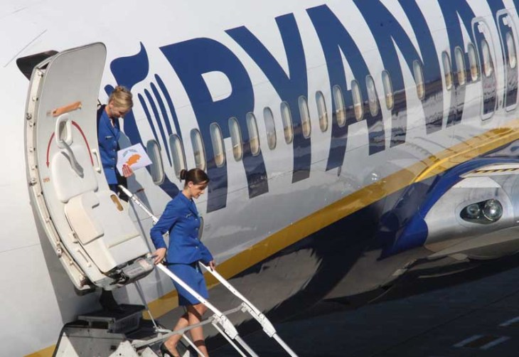 Ryanair begins summer season with Paphos-Athens flight