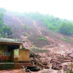 Up to 150 people feared trapped in landslide in India