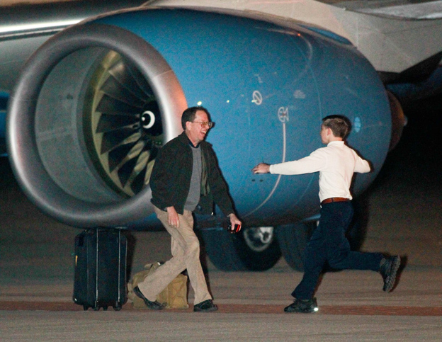 Fowle back at Ohio home after detention in N.Korea