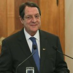 comment loucas - President Anastasiades is finding it hard to convince the wolrd that it is Turkey which doesn't want a settlement