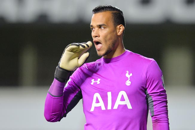 Tottenham's Vorm gets Pochettino backing after Cup howler