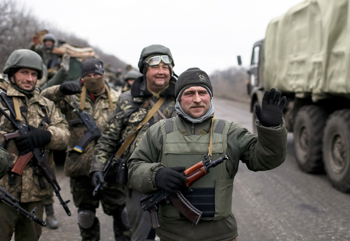 Ukraine begins artillery withdrawal, recognising truce is holding