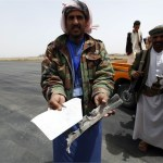 Diplomats and U.N. staff flee Yemen as Houthis target Aden