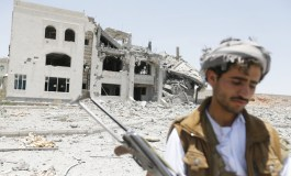 Houthis and tribesmen battle in central Yemen, at least 15 dead