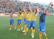 APOEL take giant step towards retaining title