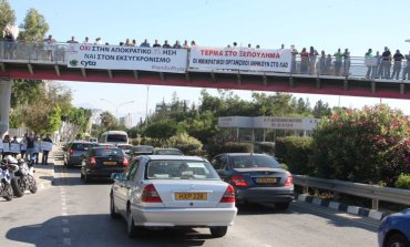 CyTA staff protest against privatisations
