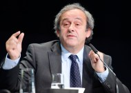 Platini announces FIFA presidency bid