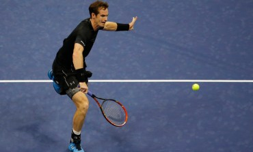 Federer romps, Murray quiets Kyrgios