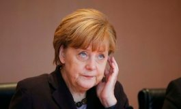 Merkel cabinet backs German role in military campaign against IS
