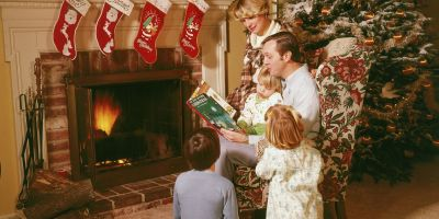 Christmas Eve family tradition: Read the Christmas story to your children - AXS
