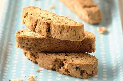 Self-Rising Walnut & Spice Biscotti Recipe | King Arthur Flour