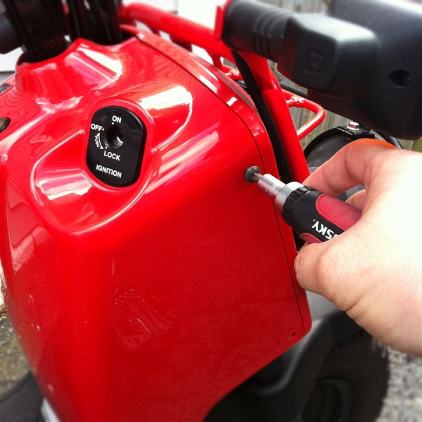 Removing the Honda Ruckus Battery Box Cover