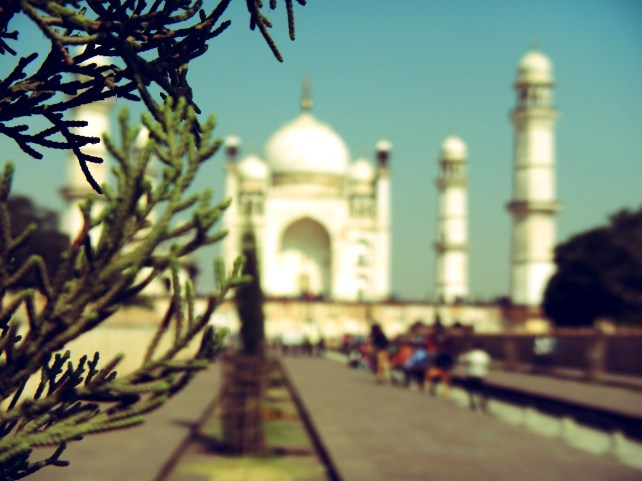 motorcycle through india, rt. trip, aurangabad, mini taj mahal, dagsvstheworld
