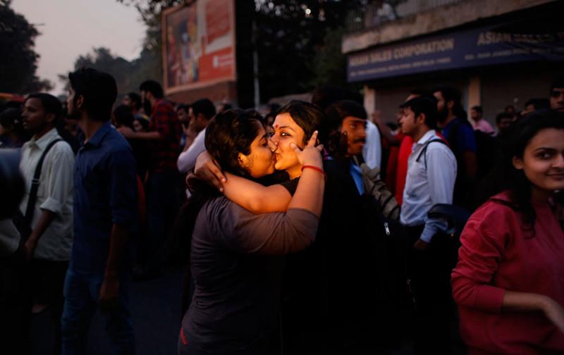 kiss of love -