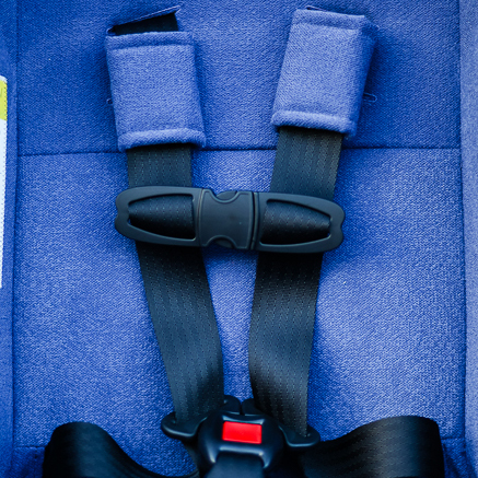 clek-foonf-convertible-car-seat-crotch-strap