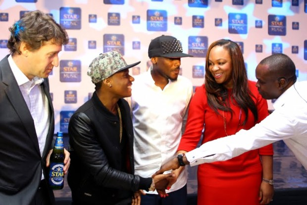 L-R Walter Drenth, Marketing Director,Nigerian Breweries,Wizkid,2face Idibia, Colette Otusheso,Head of Marketing Operations MTV Base and Tokunbo Adodo, Senior Marketing Manager, Nigerian Breweries