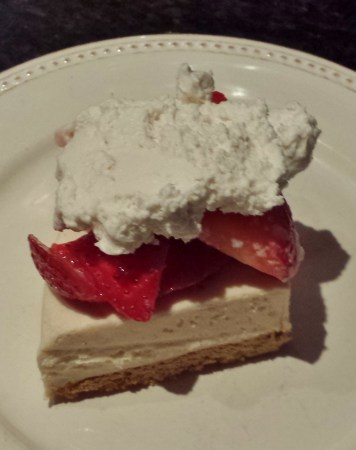 Daiya Cheezecake with Strawberries and Coconut Whipped Cream