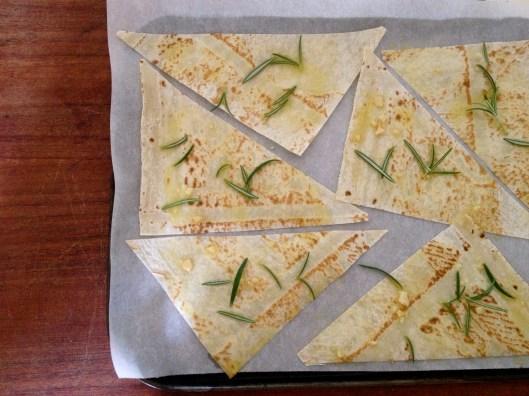 garlic and rosemary chips