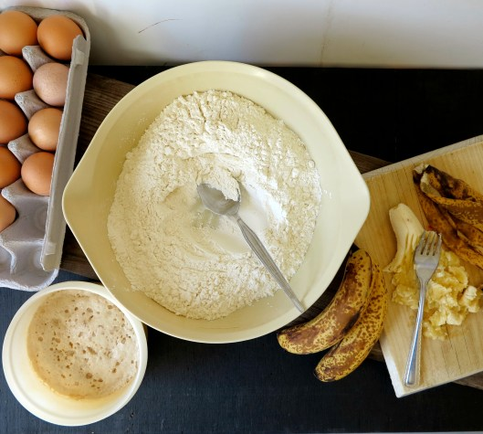 banana bread scroll dough ingredients