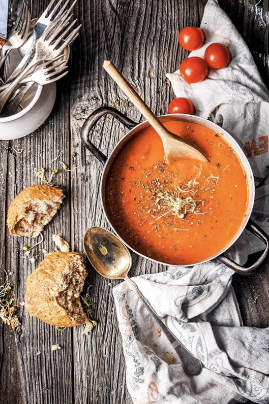 Spiced Pumpkin Soup with crusty bread