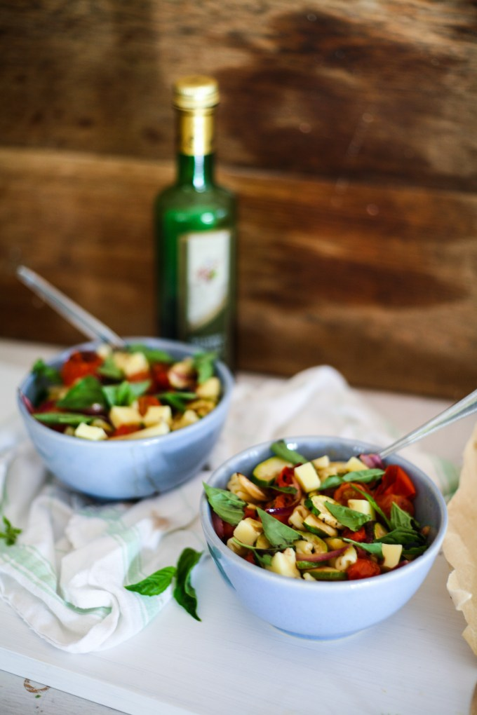 Roasted Caprese Pasta Salad